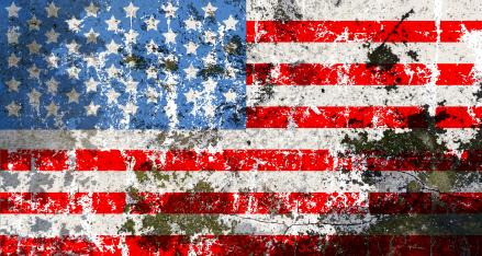 Amerikai zászló koronav,rus