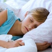 alvó lány, alvás, magas vérnyomás