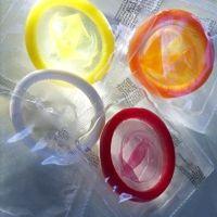 óvszer kondom védekezés